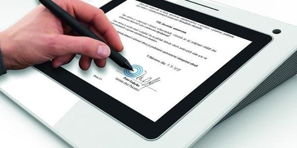 Firma manual y digital
